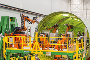 Boeing Abandons Its Failed Fuselage Robots on the 777X, Handing the Job Back to Machinists